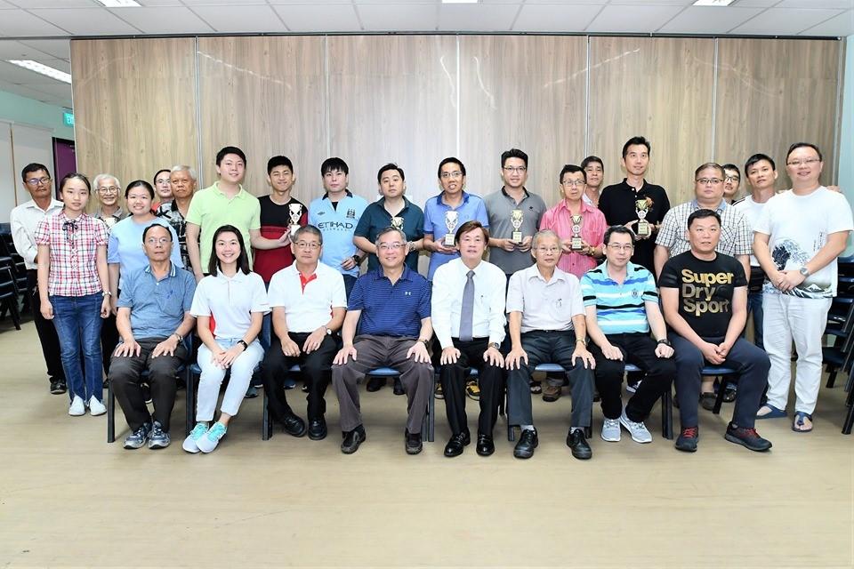 颜金勇部长热心推动棋艺 每年组织比赛还亲临颁奖